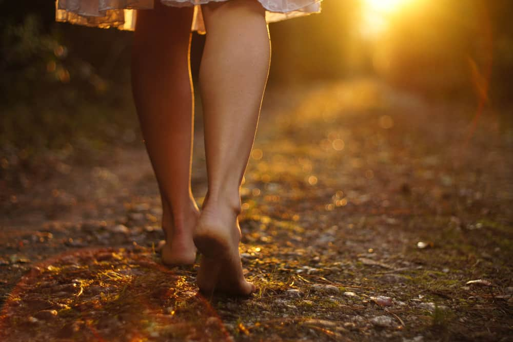 image of woman earthing